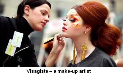 Visagiste a make-up artist